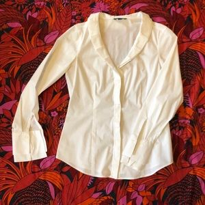 Brooks brothers button down elegant and classy